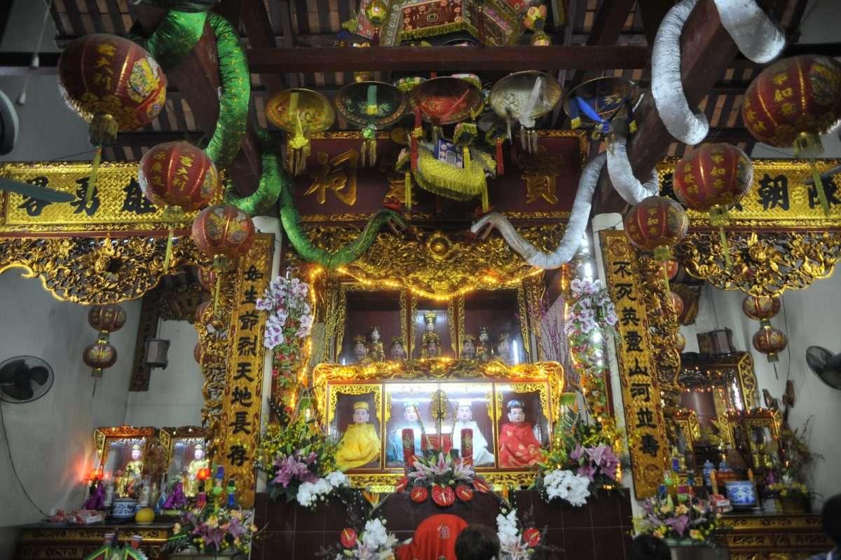 Hình tượng rắn và tục thờ thuỷ thần kỳ lạ của người Việt