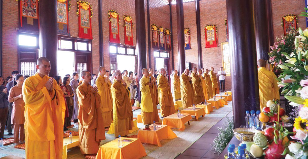 Hình ảnh lễ cầu an và phóng sanh tại Sala Garden