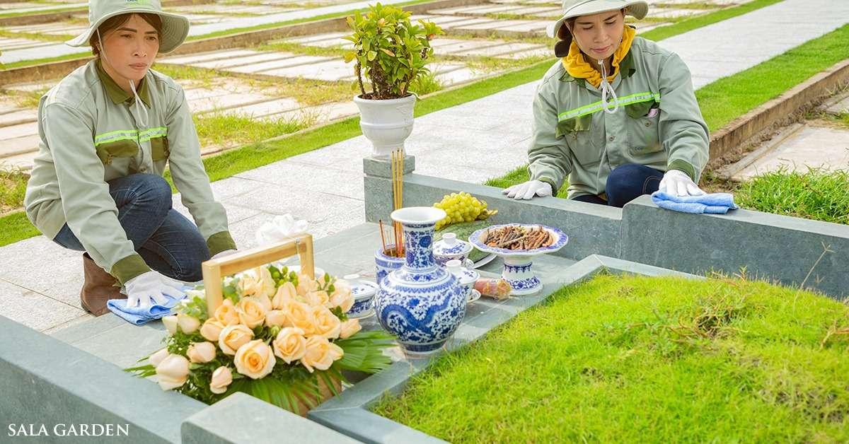 Dịch vụ chăm sóc mộ phận trọn đời tích hợp trên website, giúp gia quyến quan tâm người thân an nghỉ tại nghĩa trang Sala Garden thuận tiện hơn.