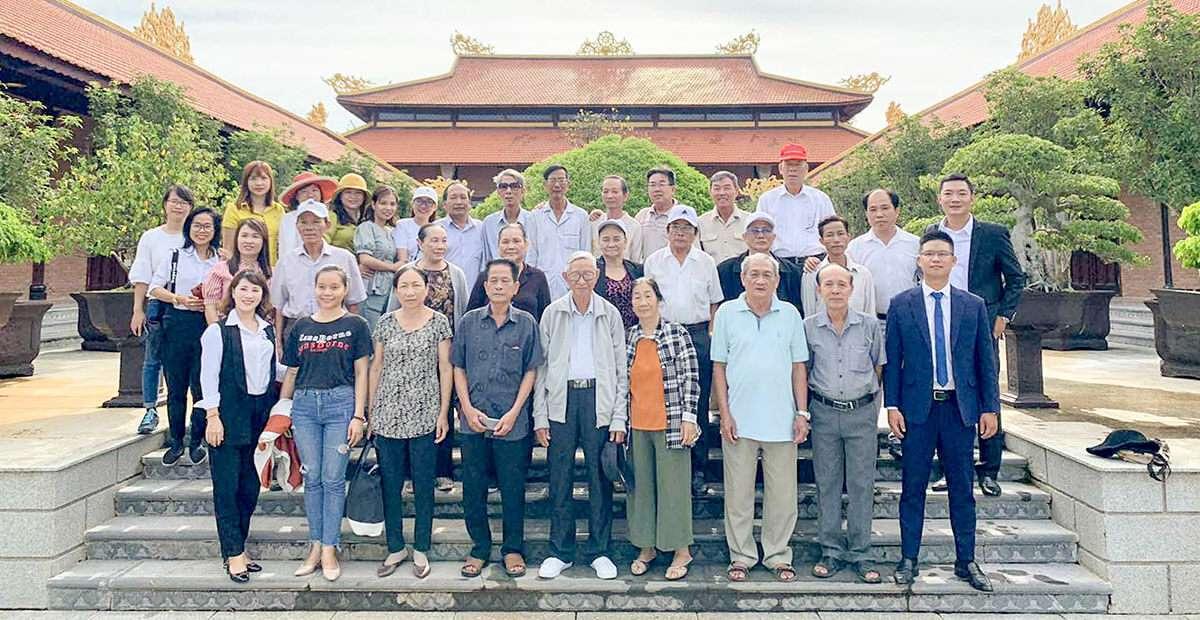 UBND xã Tân Hiệp thăm quan hoa viên nghĩa trang SalaGarden ngày 20/09/2020