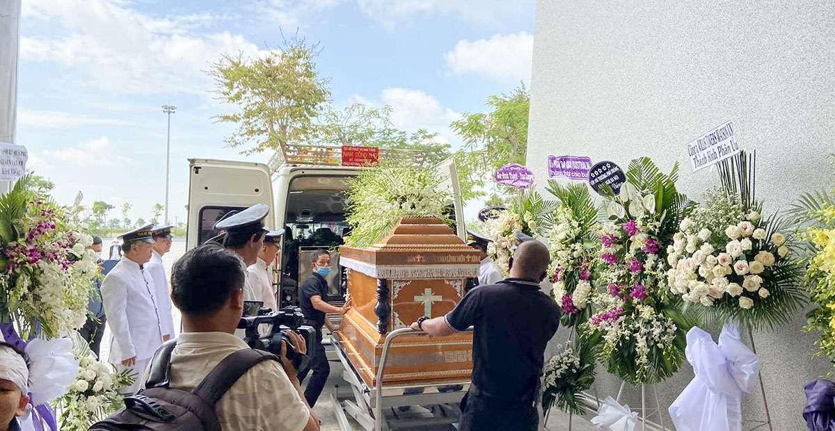 Hình ảnh tang lễ công giáo ngày 30-09-2020